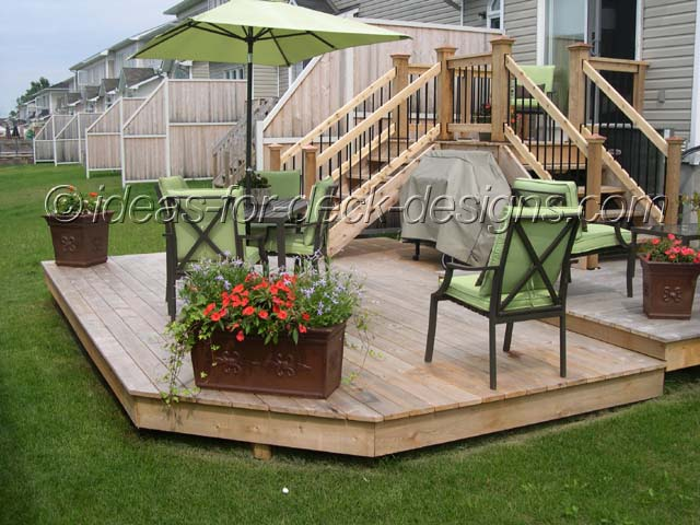 Landscaping ideas around pool deck liboks Small deck ideas