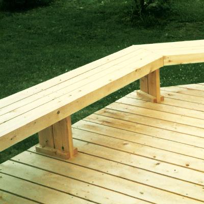 Deck perimeter seating