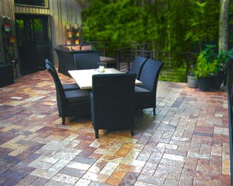 A Paver Deck in Oregon