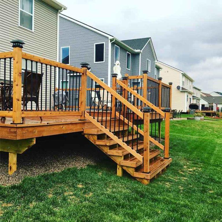 Cedar deck stairs with Snap'n Lock Balusters