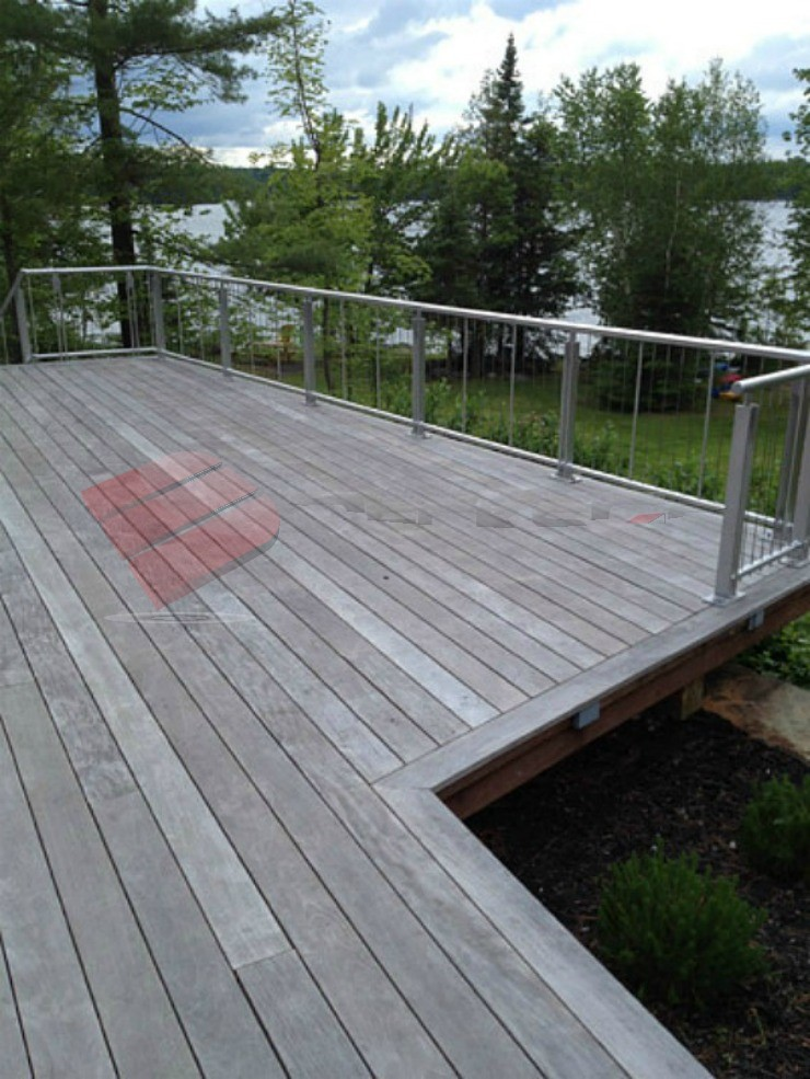 Ipe deck with beautiful tree and lake view