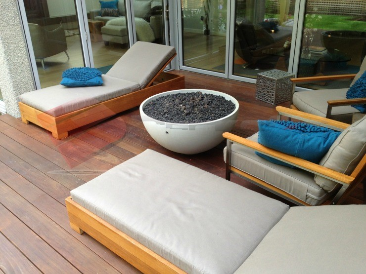 Ipe Deck with warm and rich colors