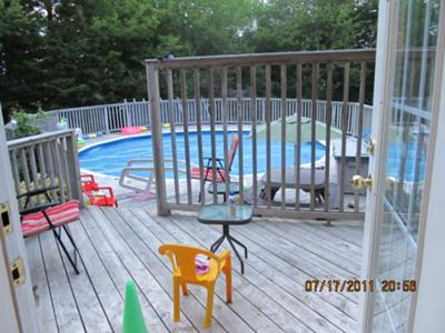 how to add a deck on to an existing above ground pool deck