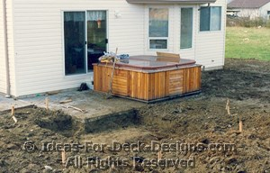 A two level hot tub deck design for you to build for Hot tub designs and layouts