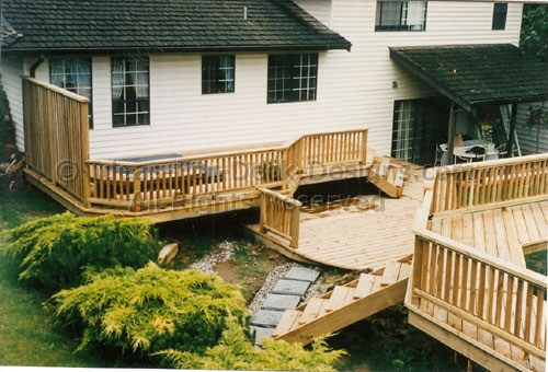 how to build a second tier on deck around hottub