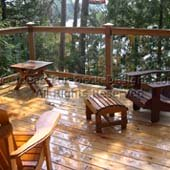Cedar deck with glass balusters